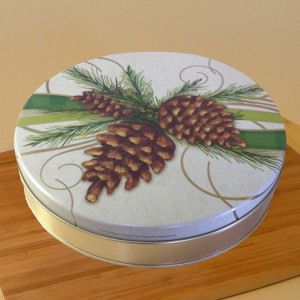 "10"" Pecan Pie in Festive Pine Tin"