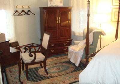 Bed & Breakfast Room in Lancaster, PA