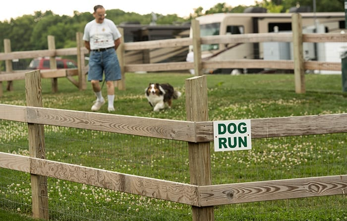 Country Acres Dog Run