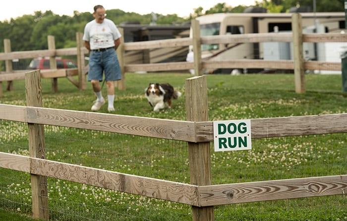 Country Acres Dog Run
