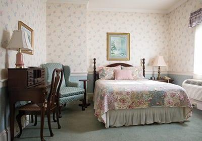 East Standard Room