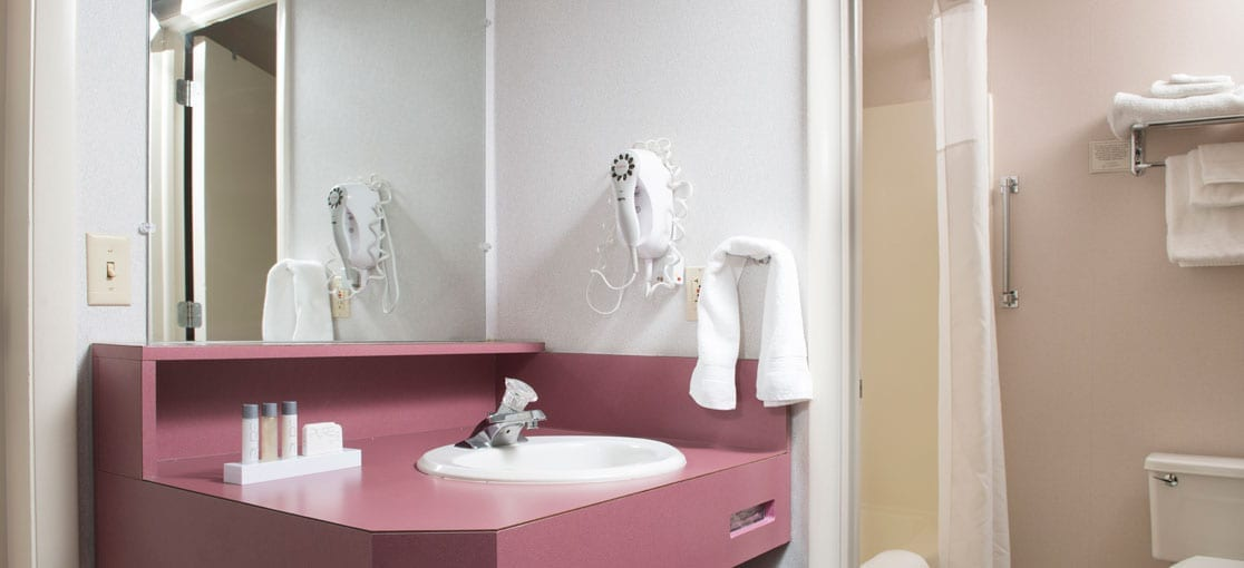 Lancaster County, PA Private Bath