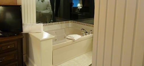 Neuhauser Bath