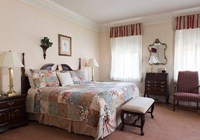 Rhoads Suite Bed