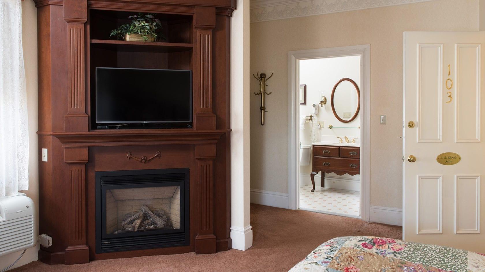 Rhoads Suite TV Cabinet