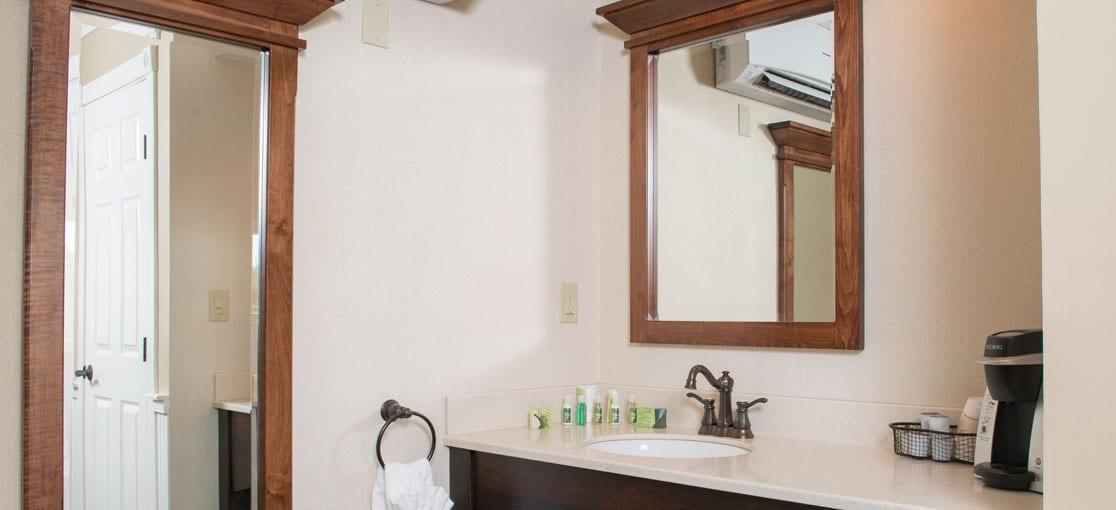 Village King Bathroom